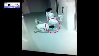 여성의 치마 속을 몰래 훔쳐보는 남자! [광화문의 아침] 319회 20160920
