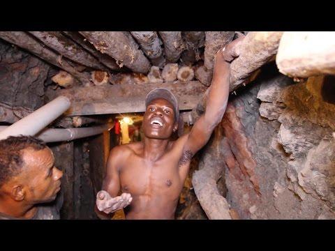 Exploring Rare Larimar Mine in Barahuco