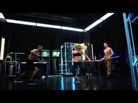 Caity Lotz  Training s from Arrow