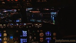 Vancouver Night Landing (Air Canada 767)