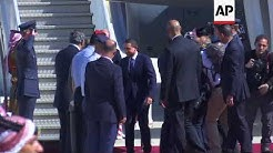 Duke of Cambridge received by Jordanian Crown Prince in Amman