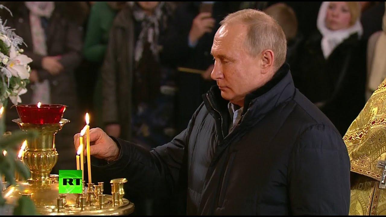 Путин на рождественской службе в Спасо-Преображенском соборе Санкт-Петербурга