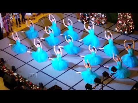 A Christmas Bouquet Ballet Recital