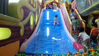 獅子班-騎士堡球池溜滑梯