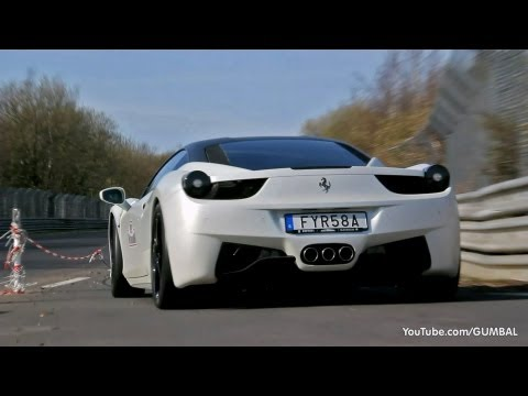 Novitec Ferrari 458 Italia + Yellow/Black 458 Italia - Brutal Sounds!