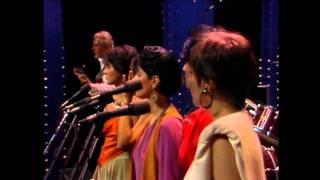 Samba de Uma Nota Só - One Note Samba - Tom Jobim