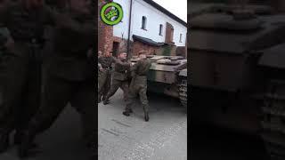 Запуск польской бронетехники