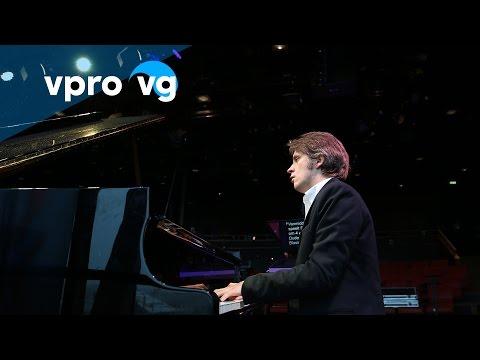 Severin von Eckardstein - Tchaikovsky/ opus19 Scherzo humoristique (live @Bimhuis Amsterdam)