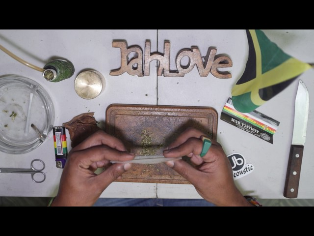 How to Roll The Perfect Jamaican Spliff
