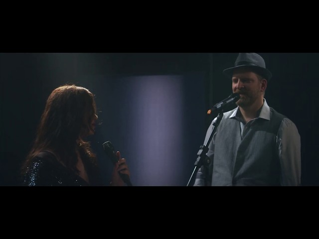 Manu Lafer e Maude Maggart - Right Now - DVD The Word (3/7)