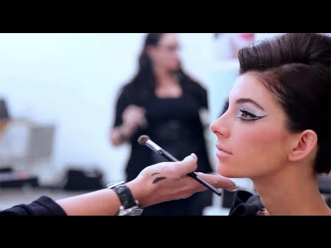 How to Become a Successful Makeup Artist - YouTube