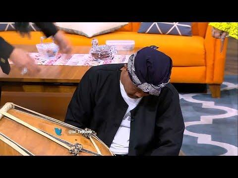 Kelamaan Nunggu Musik, Kang Dadang Ketiduran