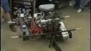 tronçonneuse avec un moteur V8