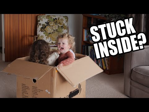 how-to-entertain-kids-with-a-cardboard-box