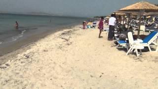 Кос. Пляж Мармари.(Пляж в городке Мармари на северном побережье острова Коса - между Тигаки и Мастихари., 2014-07-27T10:39:32.000Z)