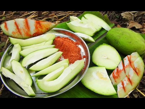 Green Mangoes Cheruku Rasam | Raw Mango Rasalu With Red Chili Powder Salt Eating In Natural Life