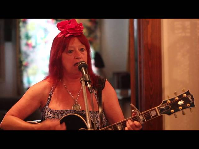 "Anndrena Belcher & The Wildboys ""I Drive My Truck (It's An 18 Wheeler)"""