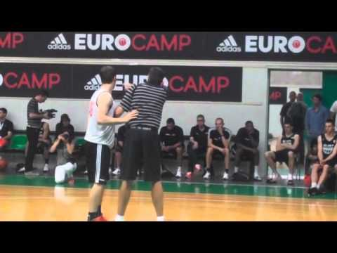 Kevin McHale teaches post play at adidas Eurocamp