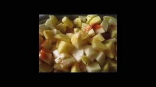 Тушеная картошка с рёбрышками в духовке(Stewed potato with ribs in an oven)