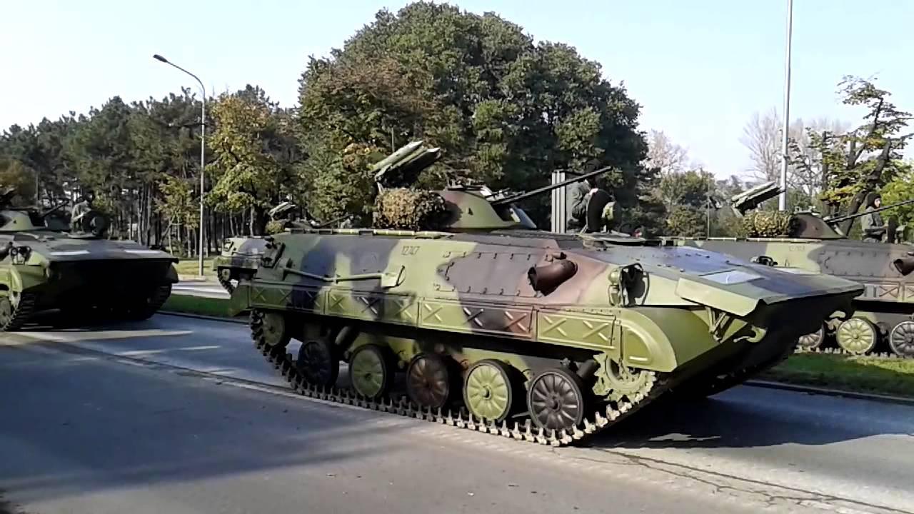 Serbian military apcs bvp m 80 m 84 main battle tanks for Schreibtisch 1 80 m