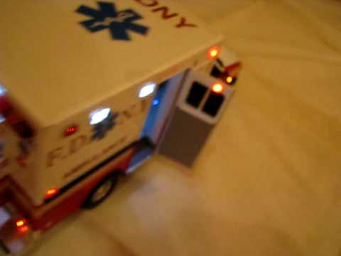 """F.D.N.Y Ambulance New York Fire Department """"2"""" - YouTube"""