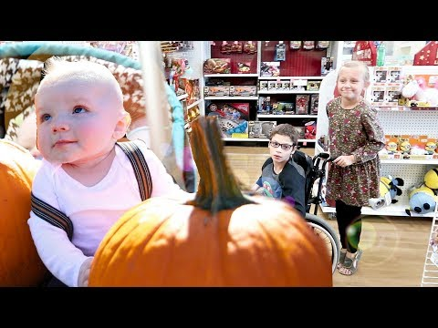SHOPPING WITH 5 KIDS | FALL PHOTOSHOOT! 🍊