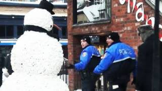 Police Scare The Scary Snowman - Hidden Camera Practical Joke Must See 1-1