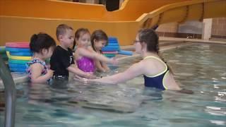 Уроки плавания для маленьких