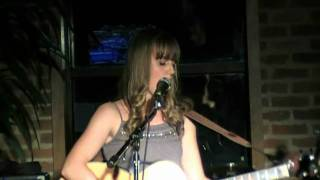Melissa Bel - Distance (Live@Fogo tapas bar and lounge)