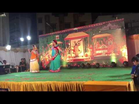 Most beautiful dance 2017 by devrani n jethani