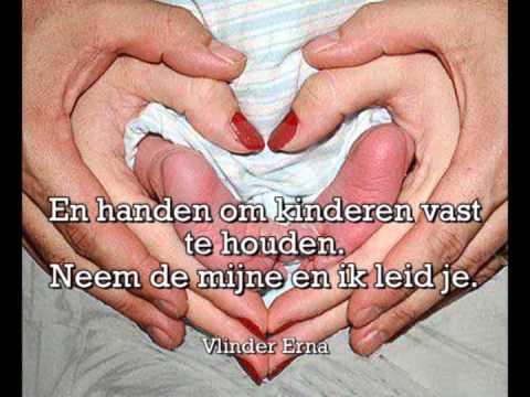 Handen Gezongen door  Gerard de Vries.