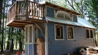 Victorian-inspired Tiny House By Molecule Tiny Homes