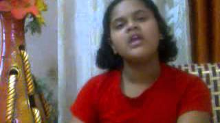 Eshitaa singing Kaisi paheli hai yeh ziindagani