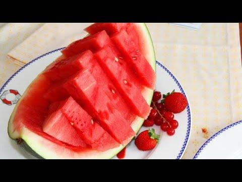 dieta-dell'anguria-per-dimagrire-5-kg-e-divertirsi-sotto-le-lenzuola