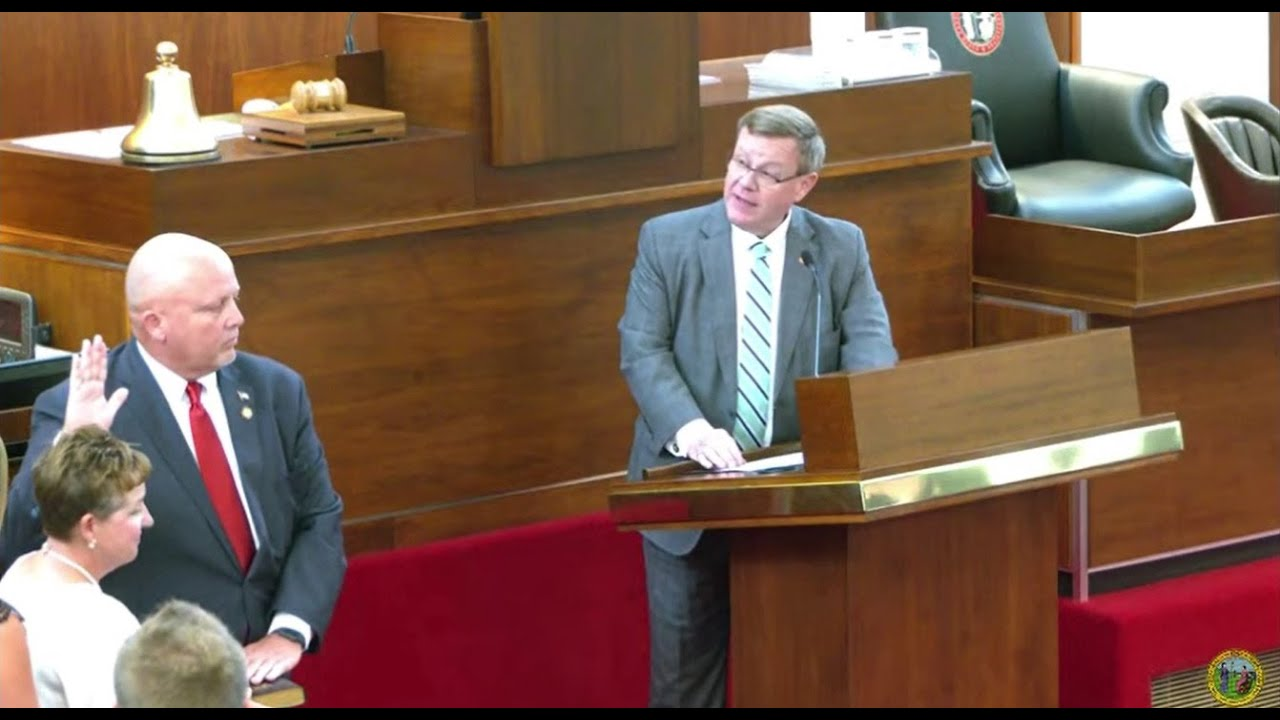 Rep. Pyrtle sworn-in to the NC House of Representatives