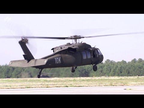 Deutsche Fluglehrer bilden auf Blackhawk aus