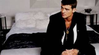 Watch Robin Thicke Complicated video