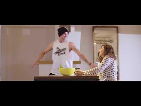 Jonezen Penny Lane (Official Video)