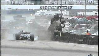 2011 Indycar Loudon - Tomas Scheckter, Tony Kanaan, and Marco Andretti crash / Kanaan upside down