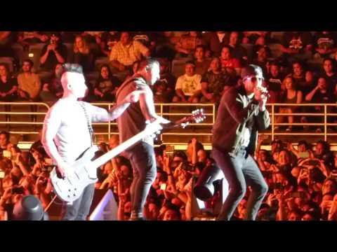 Avenged Sevenfold - Hail To The King LIVE San Antonio [HD] 6/14/17