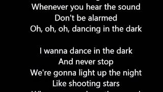 Rihanna - Dancing In The Dark (Lyrics)
