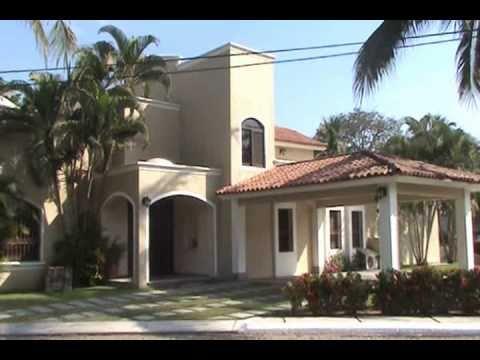 Manzanillo Se Renta Casa Grande En Club Santiago 15