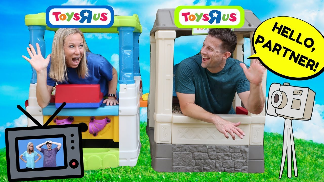 Fake toys r us stores work together then compete and prank for Cuisinette toys r us