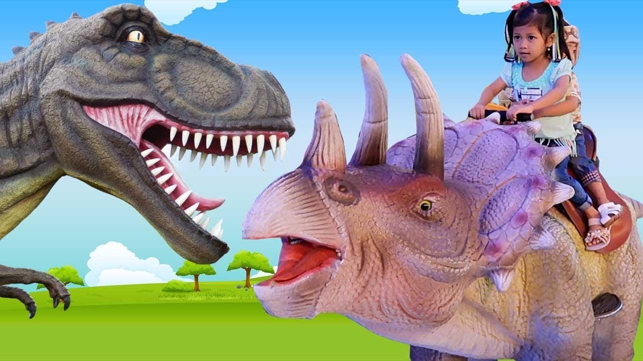 Naik Mainan Robot Dinosaurus Naik Odong Odong Robot Karakter Hewan Lucu Di Permainan Anak Bermain Youtube