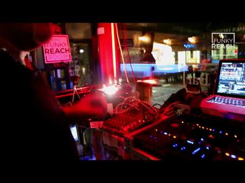 The Funky Reach Room 03 Roldodj@whiskyswinebar