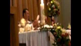 """""""Ya Tuhan saya tdk pantas Tuhan dtg pd saya, tetapi bersabdalah saja..""""[dinyanyikan oleh imam."""