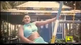 Repeat youtube video Bangla hot sexy Moyuri Ki kori upay.mp4