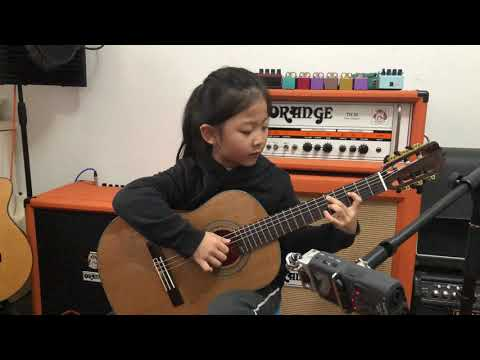 [ Fly me to the moon ] By A girl six years old  |  Bossanova guitar playing | INS @miumiuguitargirl