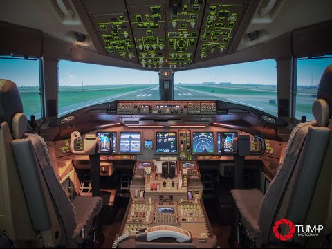 THAI FLIGHT SIMULATOR EXPERIENCE at Thai Airways with B773ER