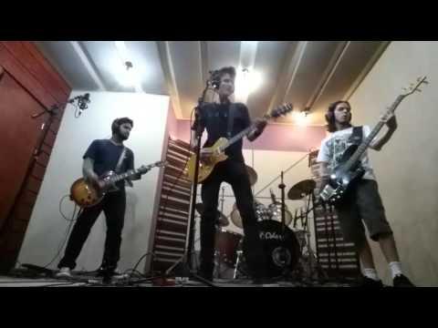 Eduarda Henklein (6 anos) e Banda Soul Prime  - (Cover)  Metallica - Enter Sandman